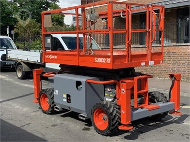Used SKYJACK Scissor Lifts Lifts for sale in the United