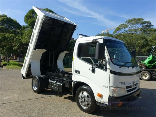 2011 Hino 300 Series 614 Trucks for Sale