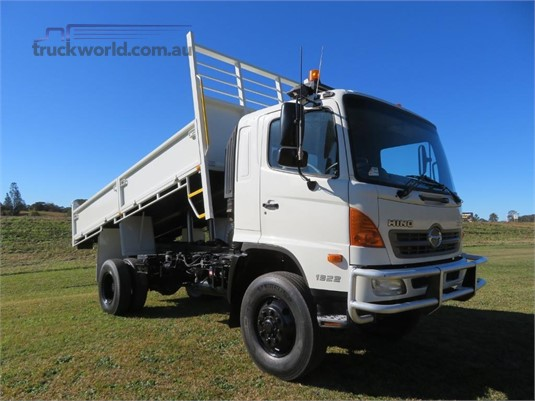 2009 Hino 500 Series 1322 GT 4x4 - Trucks for Sale