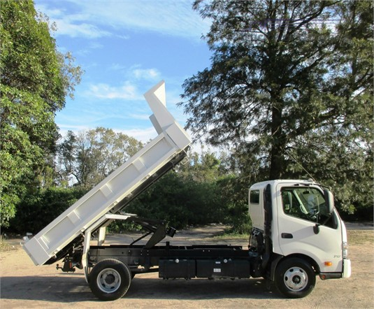 2017 Hino 300 Series 717 Trucks for Sale