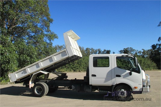 2014 Hino 300 Series 717 Trucks for Sale