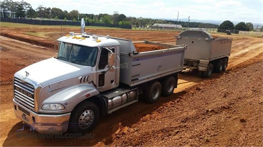 2012 Mack Granite - Trucks for Sale