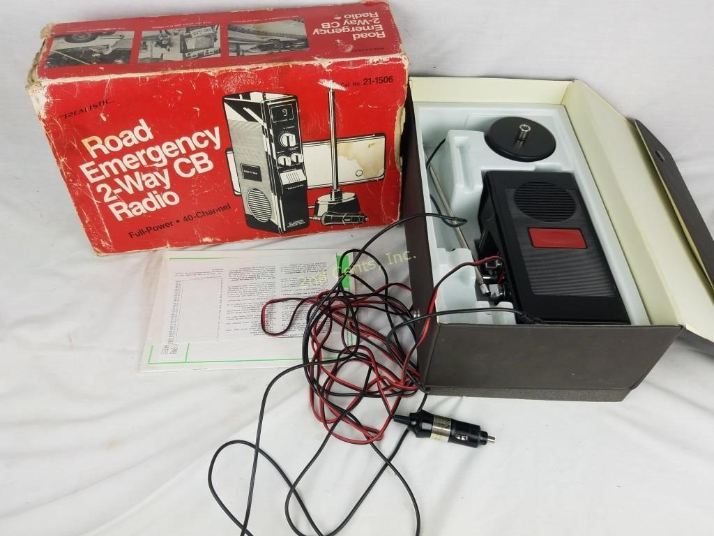 Vintage Realistic Road Emergency 2-way Cb Radio | 2nd Cents Inc