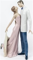 "Lladro ""Happy Anniversary"" Couple #6475"