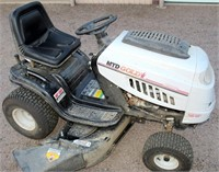 MTD Gold Riding Mower (view 4)