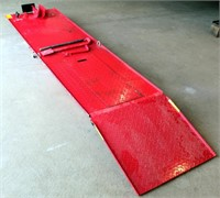Large Motorcycle/Lawn Mower Lift (view 1)