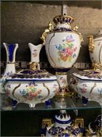 Huge Lot of Impressive Porcelain Pieces
