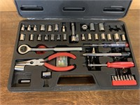 Autoshop Small Tool Kit in Case