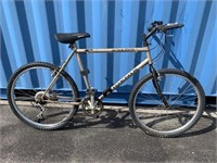 Phoenix Boulder Mountain Bike