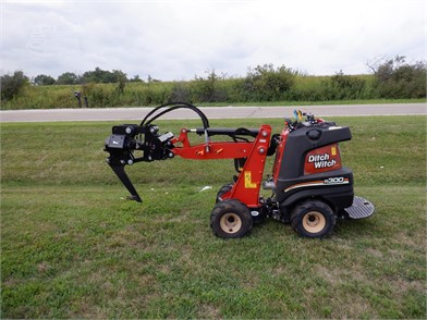 DITCH WITCH R300 For Sale - 9 Listings   MachineryTrader com