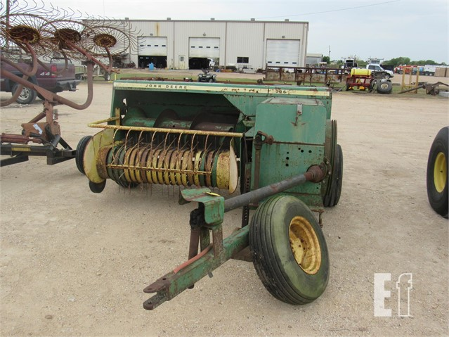 Lot # 669 - 1986 JOHN DEERE 336 For Sale In El Campo, Texas