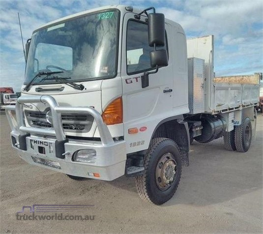 2010 Hino 500 Series 1322 GT 4x4 - Trucks for Sale