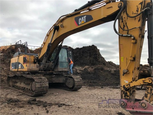 2012 Caterpillar 349DL - Heavy Machinery for Sale
