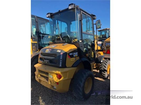 2015 Caterpillar 903C  - Heavy Machinery for Sale