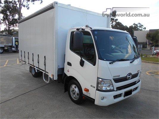 2016 Hino 300 Series Trucks for Sale