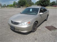 2004 TOYOTA CAMRY 285000 KMS