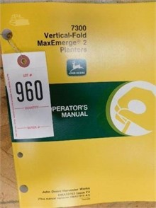 JOHN DEERE 7300 VERTICAL FOLD MAXEMERGE 2 PLANTERS