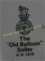 ROYAL DOULTON FIGURINE - THE OLD BALLOON SELLER