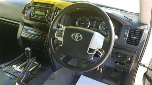 2015 Toyota Landcruiser VDJ200R My13 GX - Truckworld.com.au - Light Commercial for Sale