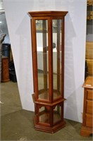Curio Cabinet - missing shelves