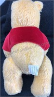Walt Disney Winnie the Pooh Holiday 2002 Stuffed