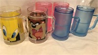 6 Plastic Frozen Mug Style Mugs 2 Loony Tunes