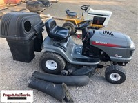 Craftsman LT2000 Lawn Mower, Briggs and Stratton 1