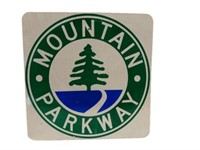 MOUNTAIN PARKWAY REFLECTIVE ROAD SIGN
