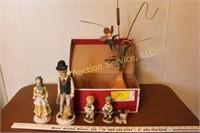 Figurines & decor