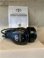 Pair of Toyota Wireless Infrared Headsets