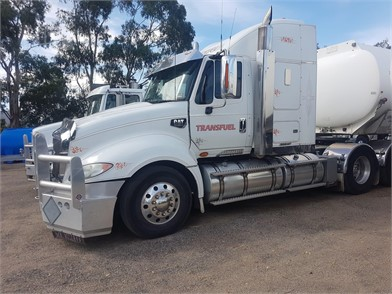 CATERPILLAR Conventional Trucks W/ Sleeper For Sale - 3