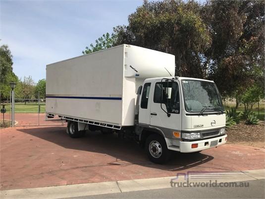 2001 Hino Ranger 6 FD - Trucks for Sale