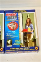 (3) Magic Mesh Hands Free Screen Doors