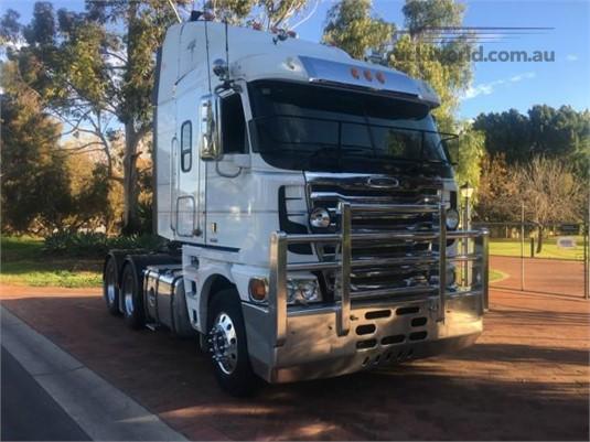 2011 Freightliner Argosy 101 - Trucks for Sale