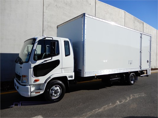 2013 Mitsubishi Fuso FIGHTER 1024 - Trucks for Sale