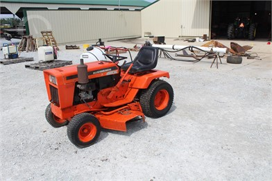 Riding Lawn Mowers Online Auctions - 54 Listings