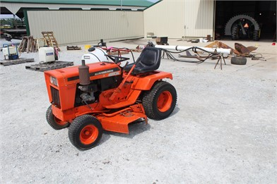 Riding Lawn Mowers Online Auctions - 24 Listings