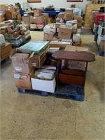 "American Pickers Meet Storage Wars ""Treasurers Hunter Aucti"