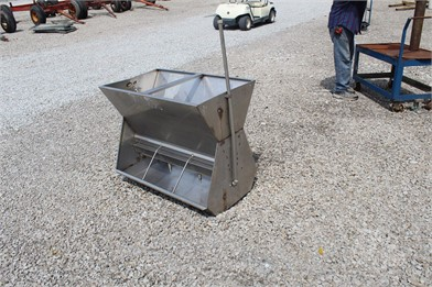 Feeders For Sale - 360 Listings   TractorHouse com - Page 1