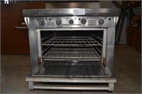STAINLESS STEEL OVEN WITH GRIDDLE TOP