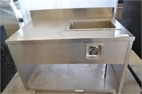 STAINLESS STEEL FOOD PREP TABLE WITH BUILT IN FOOD