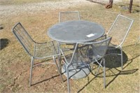 OUTDOOR METAL TABLE WITH 4 METAL CHAIRS