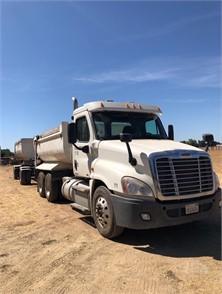 FREIGHTLINER CASCADIA 113 Dump Trucks For Sale - 27 Listings