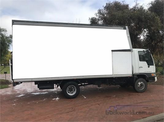 1998 Hino Ranger 5 FC - Trucks for Sale