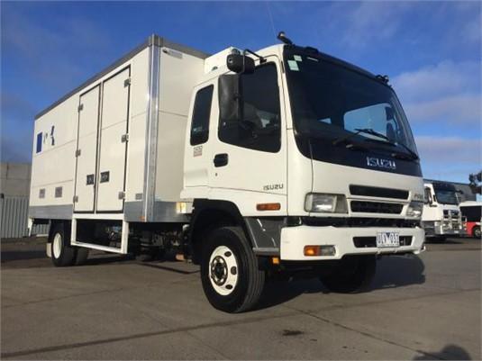 2006 Isuzu FRR 500 - Trucks for Sale