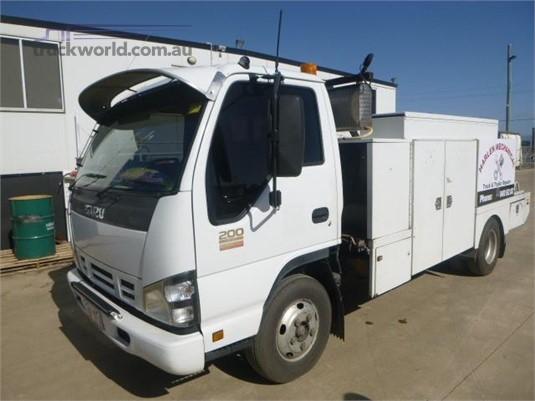 2006 Isuzu other Western Traders 87 - Trucks for Sale