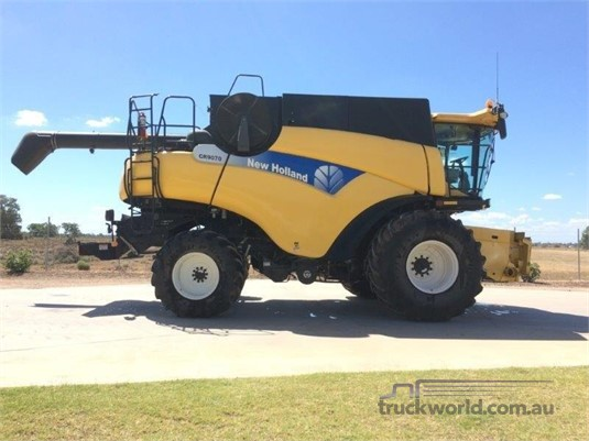New Holland CR9070 Black Truck Sales - Farm Machinery for Sale