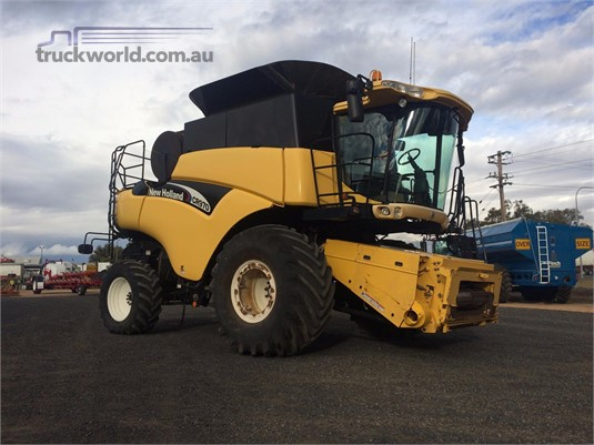 0 New Holland CR970 - Farm Machinery for Sale