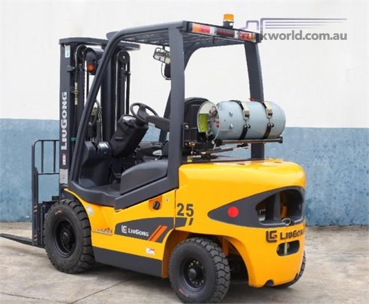 2017 Liugong CLG2025H 2025H 2.5T Dual Fuel - Forklifts for Sale