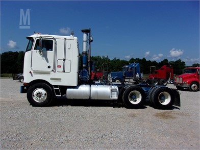 PETERBILT Cabover Trucks W/ Sleeper For Sale - 23 Listings